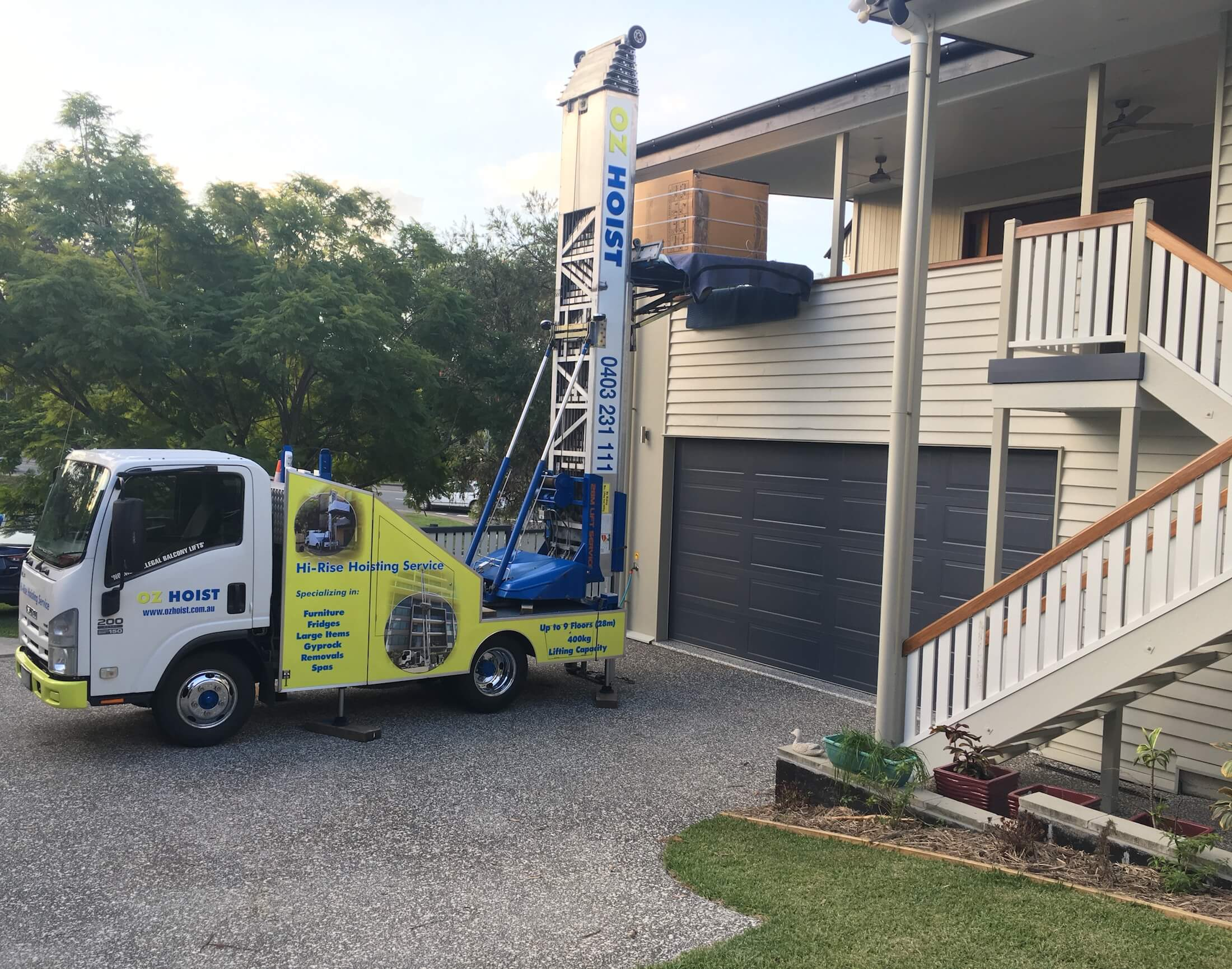 move_new_fridge_does_not_fit_up_stairs_over_balcony_lift_service_brisbane_sunshine_coast_gold_coast