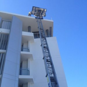 use_crane_hoisting_truck_get_building_materials_construction_supplies_to_roof_quickly_brisbane_gold_coast_sunshine_coast_ozhoist